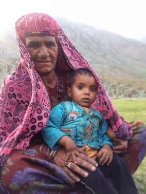 Vluchtelingen van Jammu 10km voorbij Matayan