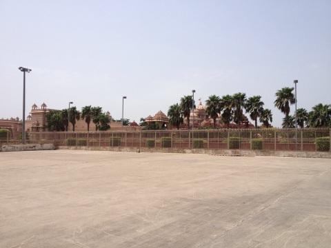 Geld teveel en dus ook bladgoud in Akshardham Swaminarayan tempel (realisatie 2000-2005) @Delhi