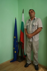 The next morning Ivan, the mayor, invited me in his office. Nice :-) #Bulgaria
