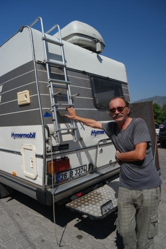 I was cycling on my way to Pamukkale, near Göcek. This man, Faruk, opened the window of his camper and told me I couldn't cycle further. There's a tunnel only allowed for vehicles with engine. He could give me a ride or I could cycle 13 kilometers extra in the mountains. I knew what to choose. Thanks for the ride Faruk! #Turkey