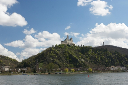 Enough castles for all Cinderellas, Snow whites and sleeping beauties of the world #Rhine #Germany