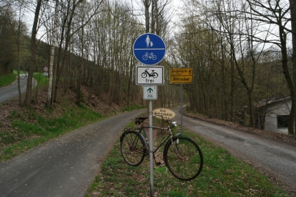 It was the day of hanging bicycles and nice rivers #Germany