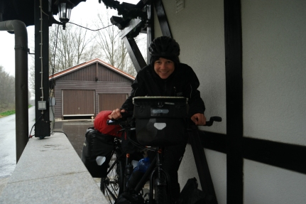 In that same shelter porch … What do you have to do while waiting for less rain? #Germany