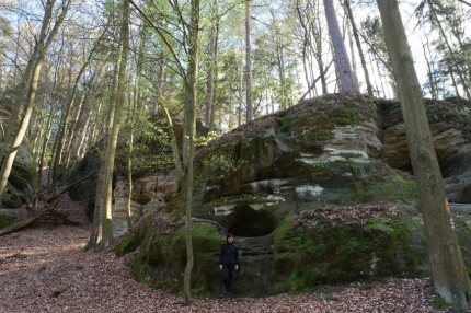 I wanted to stop every minute in this natural park to take pictures, lovely rock formations all around #ČeskýRáj #CzechRepublic