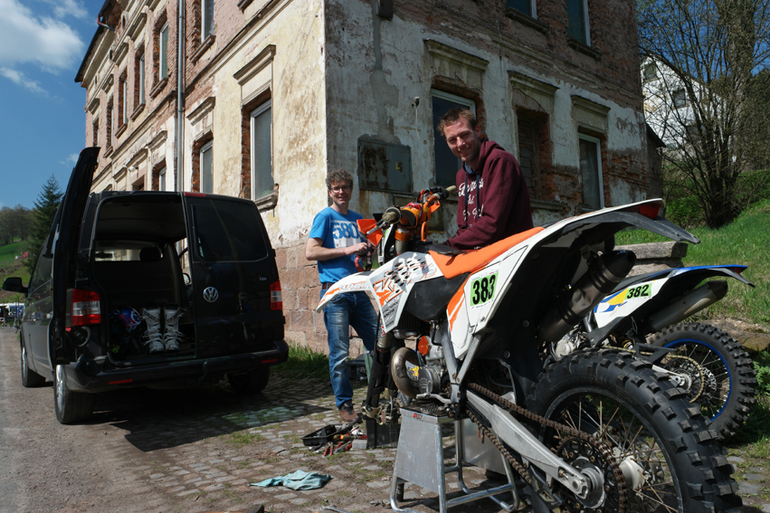 On my day that I wanted to find some silence in Broumovsko National Park I heard from these two Dutch guys that there was an international enduro race for motorcyclists…#CzechRepublic