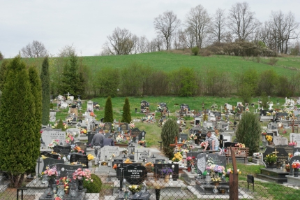 Cemetries appear. Flowers on every grave, 'because it's spring', they said #Poland