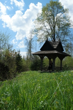 When I saw this shelter, I felt myself invited to picnic #Slovakia