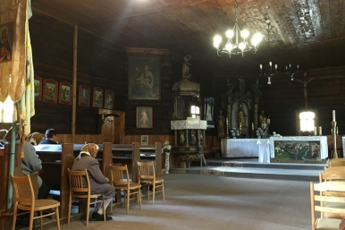 No priest to pay, his voice was taped #WoodenChurch #Slovakia