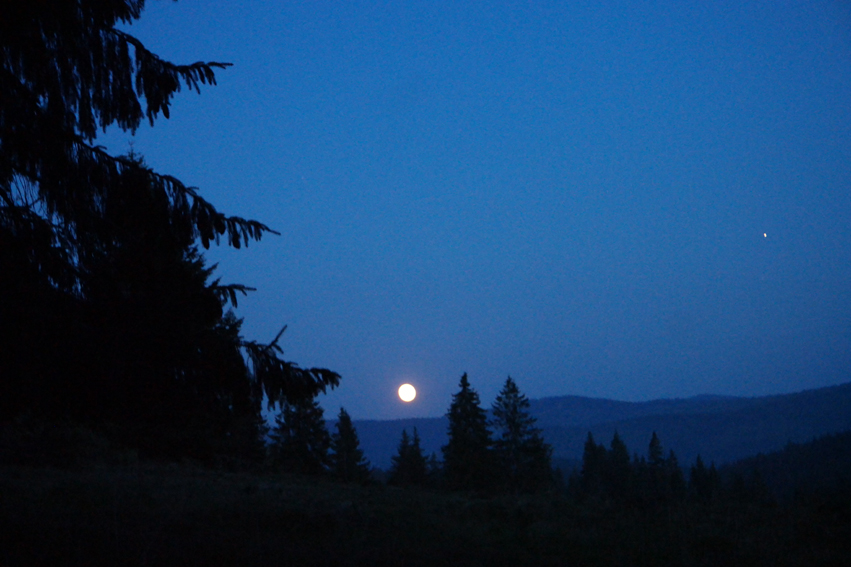 Full moon… Lovely but not ideal for camping #Romania