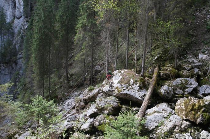 Hi Pierre… Feeling little amongst huge rocks #Apuseni #Carpathians #Romania