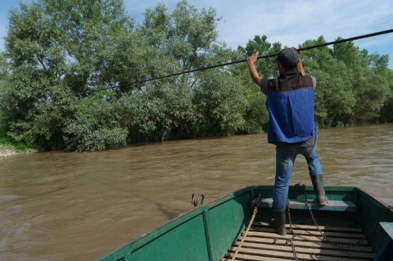 I had to cross the river with this 'bac' #Romania