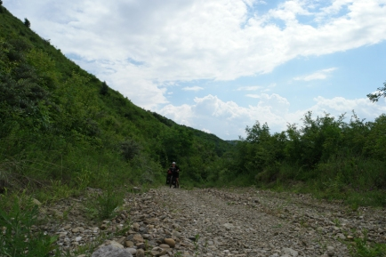 I thought I could make a shortcut. 15%, off road, pushed my bike, lost my mirror #Romania