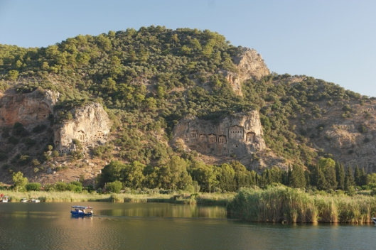 Because of the heath I became sick. I stayed a couple of days in Dalyan on a campsite with (from the terrace) a view on the archaeological site of Kaunos #Turkey
