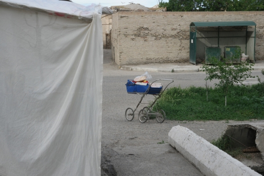 Bread is sold in a pram #uzbekistan